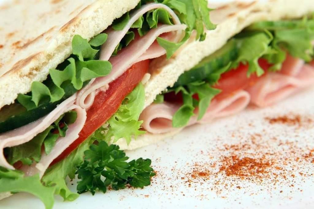 rychlá večeře sendvič