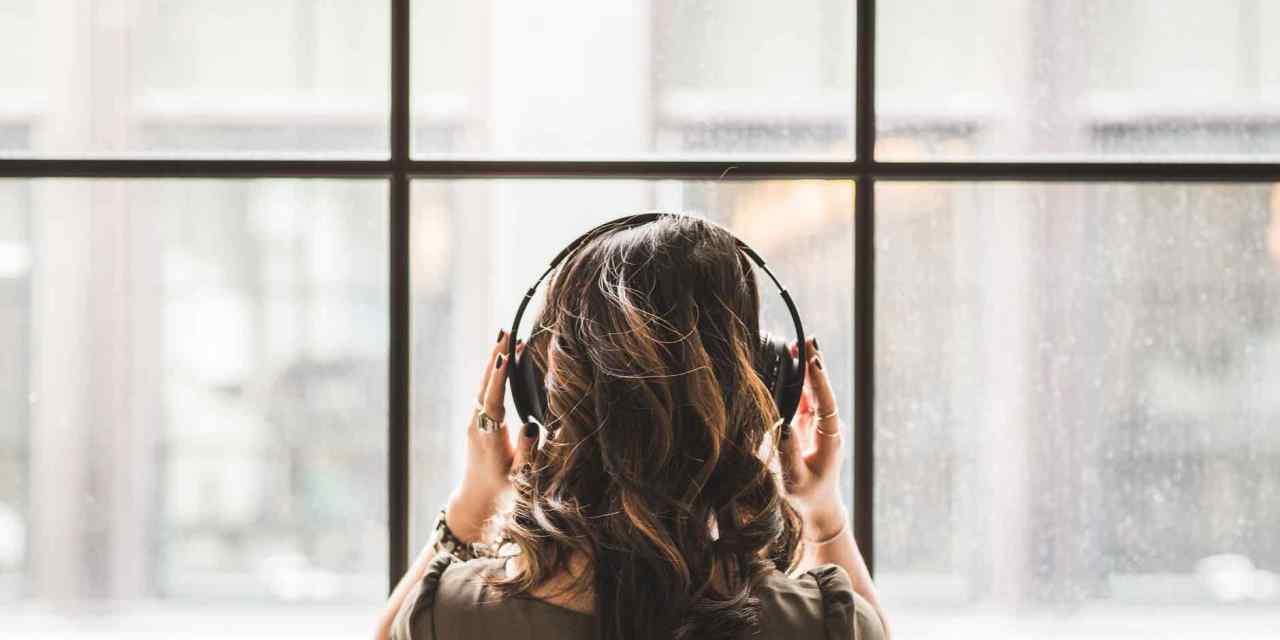 Kde stáhnout audioknihy zdarma? Zaposlouchejte se do oblíbených knih.