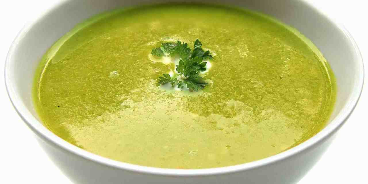 Jednoduchá chřestová polévka, kterou zvládne každý