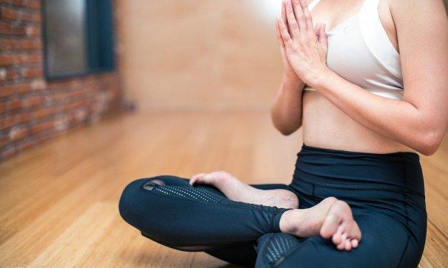 Jak na cvičení doma: 7 tipů, jak zůstat ve formě