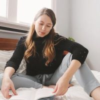 Minerva Maker Team: The Moji Pants by Seamwork