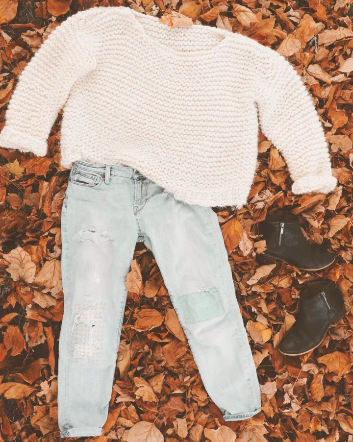 EVERYDAY: - My favorite way to style a chunky sweater! Tuck it into a pair of destructed denim (or rock the French tuck) and roll the sleeves by either flipping up the cuff (pictured) or scrunch them past your elbows. Cuff your denim to show off an ankle bootie for a fall-ready vibe.
