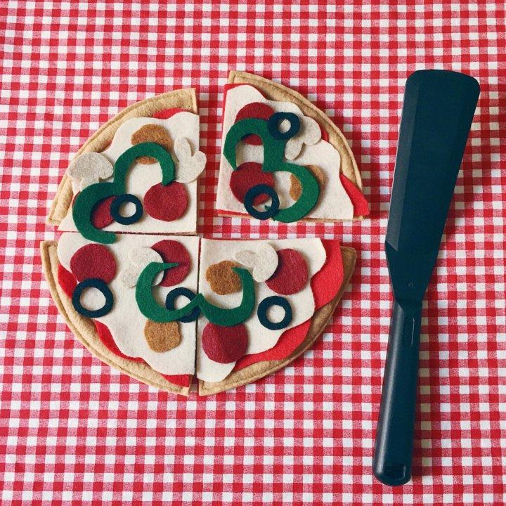 DIY Felt Pizza Toy