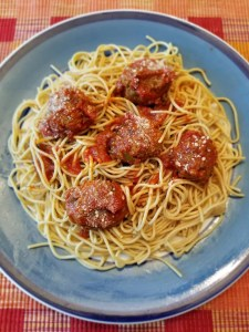 Spaghetti & Meatball Weeknight dinner recipe with crockpot Italian Meatballs.