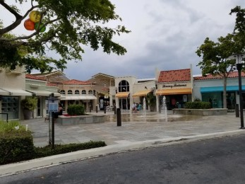 Venetian Village Shopping in Naples Florida. A fun area to stroll the stores and eat at delicious restaurants.