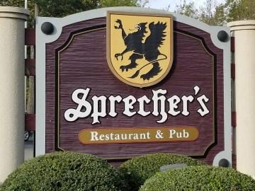 Sprecher's Restaurant & Pub in Lake Geneva Wisconsin. Fun restaurant for families close to the Lake.  #lakegeneva #resturants #thingstodolakegeneva #wisconsin