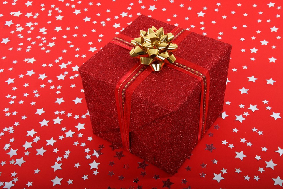 Christmas Gift Ideas & Gifts for Your Loving One's - Happy ...