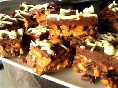 bouchées cacahuètes et caramel façon snickers