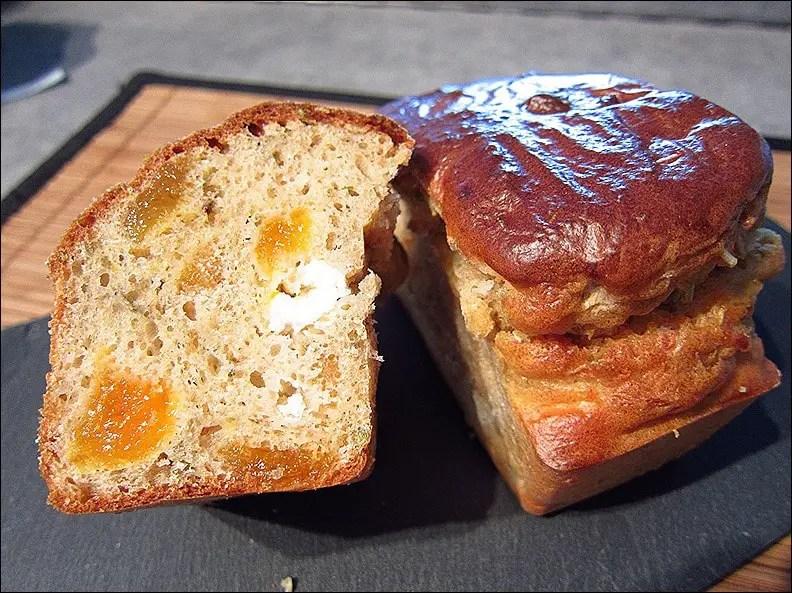cake au chèvre abricot et thym