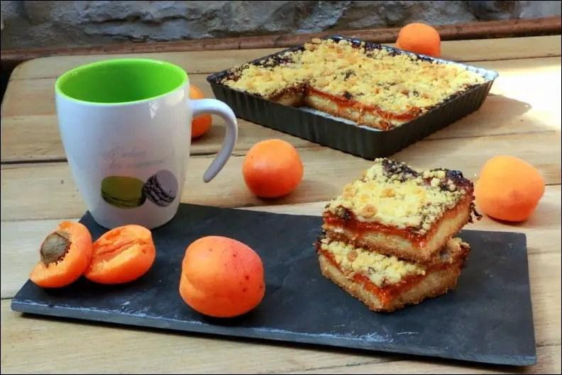 carrés crumble aux abricots