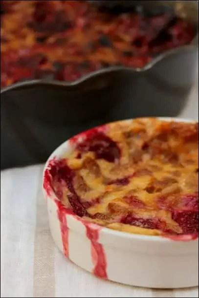 clafoutis fraises et rhubarbe