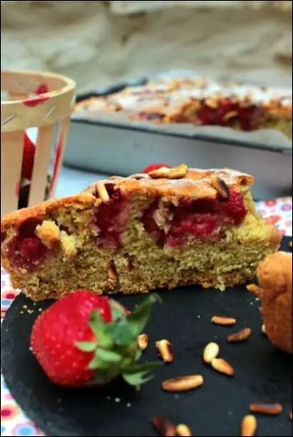 gâteau moelleux aux fraises