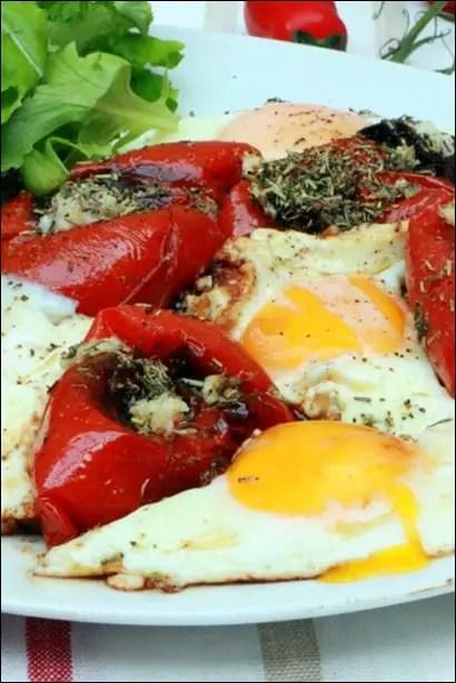 tomates aux œufs