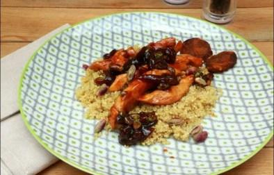 poêlée de quinoa aux aiguillettes de volaille et aux abricots