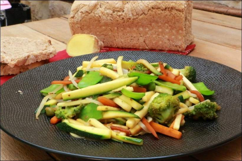 poelee courgettes petits pois gingembre