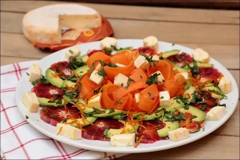 salade de carottes et avocat à l'orange et reblochon