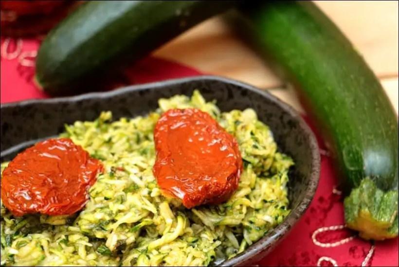 salade courgette crue tomates confites