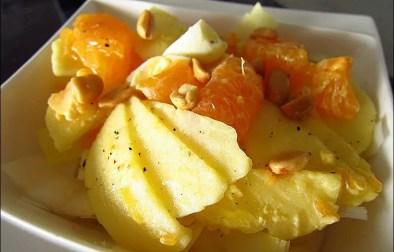 salade d'endives aux pommes clémentines et cacahuètes