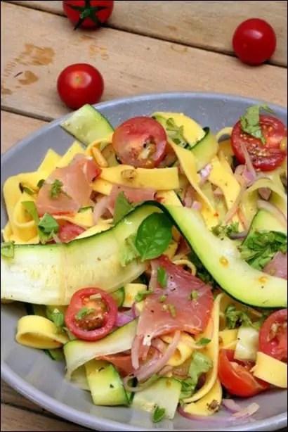 salade de pates et courgettes crues