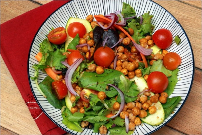 salade de pois chiches courstillants et sa vinaigrette au citron ail et cumin