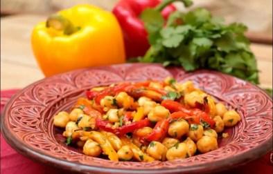 salade de pois chiches et poivrons à la marocaine