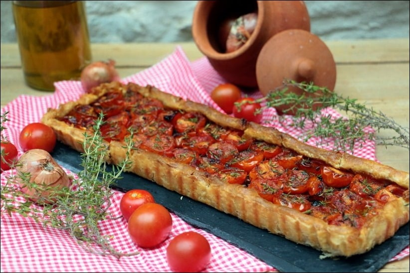tarte a la tomate et aux échalotes confites