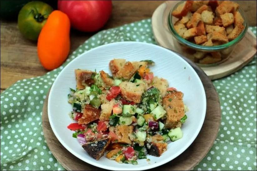 salade composée pain grillé