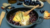 feta rôtie au raisin et miel