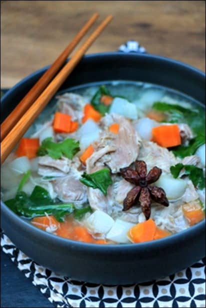 soupe vietnamienne epinard  porc