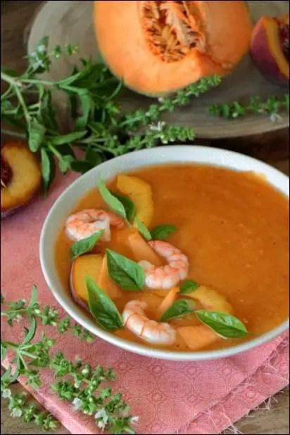 soupe froide melon pêche et tomate
