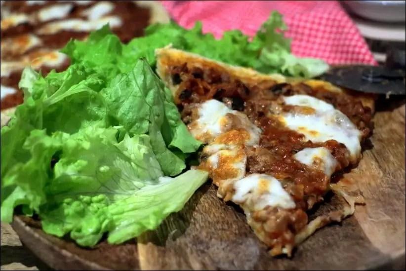 pizza boeuf mozzarella
