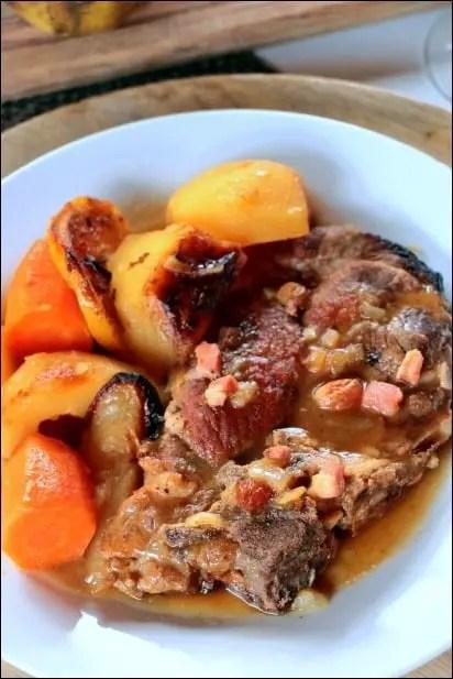 échine de porc rôti poire et vin blanc