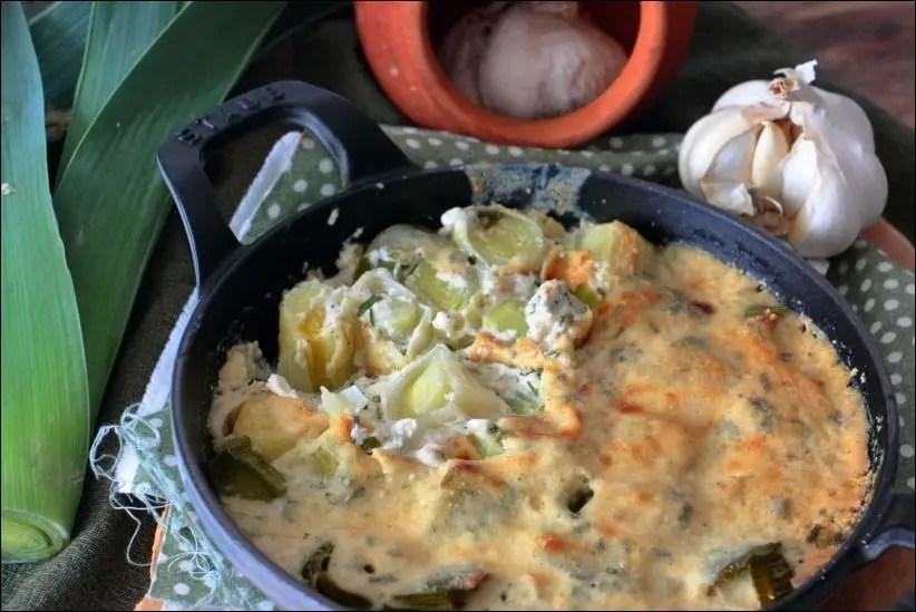 gratin de poireau à la crème d'ail et parmesan