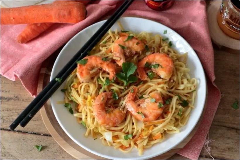 wok crevettes nouilles