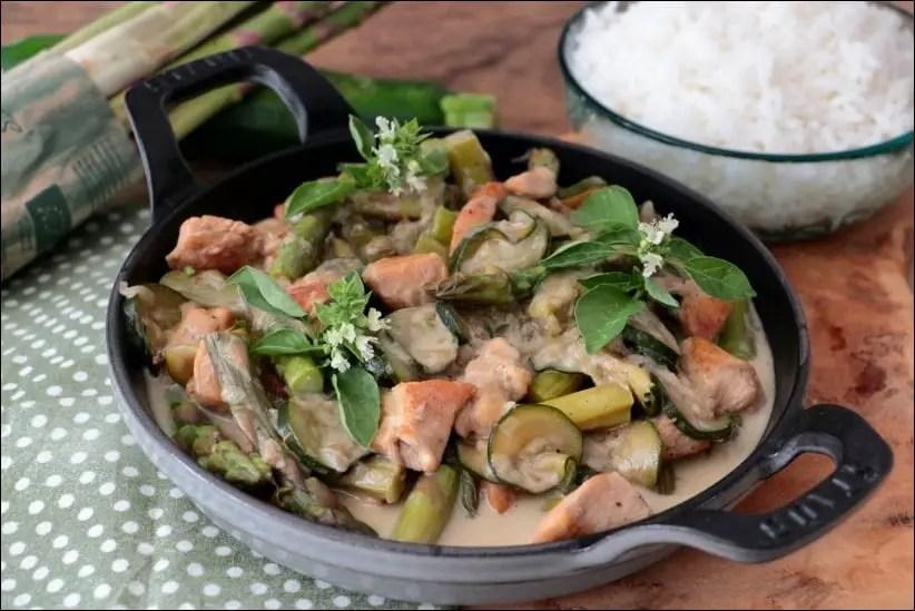 poulet courgette curry vert lait de coco