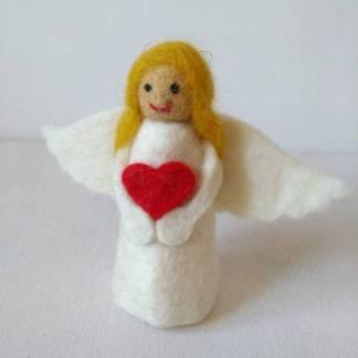 felt heart angel