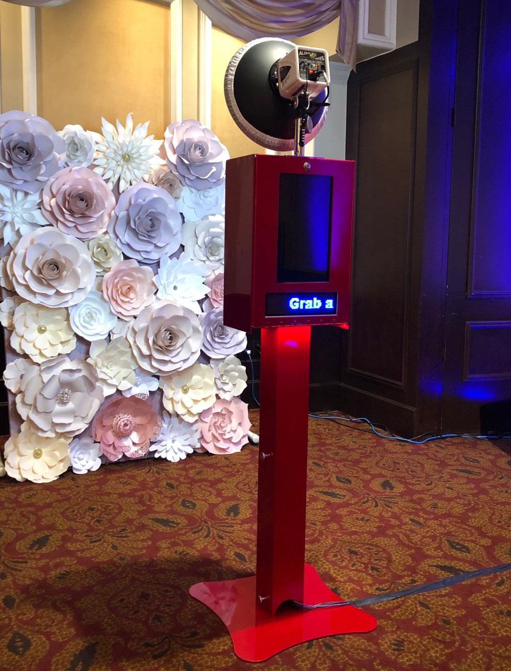Open-air Red Photo Booth