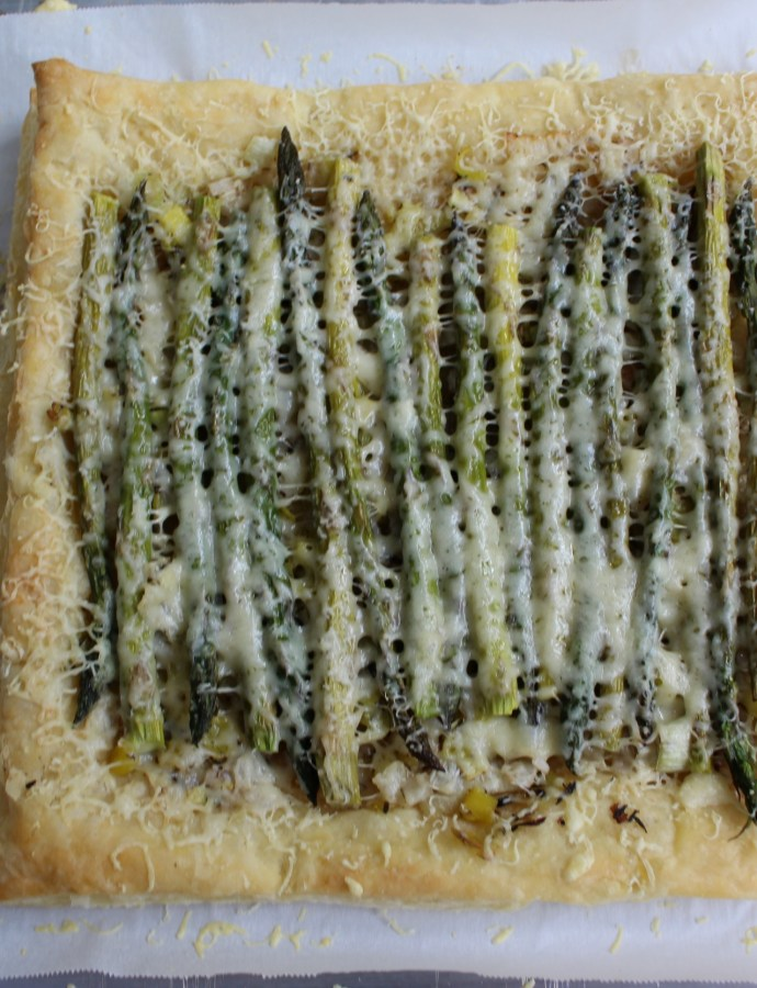 Roasted Asparagus & Leek Tart