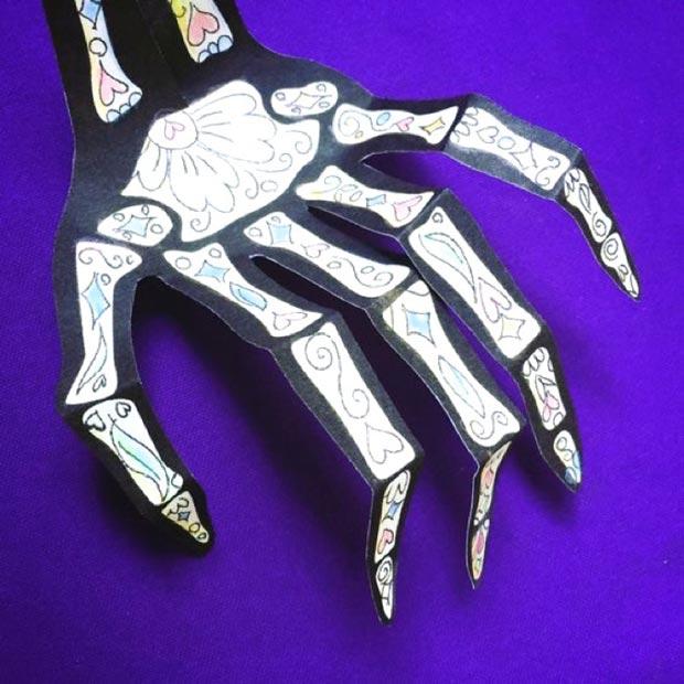 Make a calavera hand skeleton printable template DIY decoration