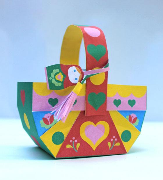 Russian Matryoshka doll papercraft basket template!