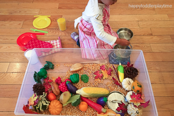 THANKSGIVING DINNER SENSORY BIN 2