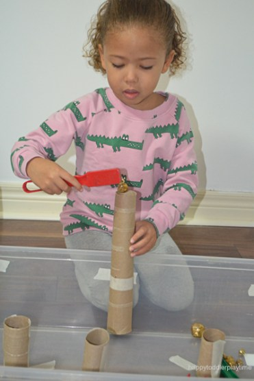JINGLE BELL MAGNETIC TUBES 3