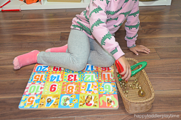 JINGLE BELL PUZZLE COUNTING 4