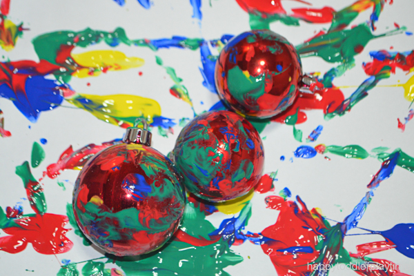 CHRISTMAS BAUBLE PAINTING 4