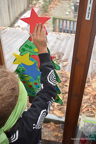 PIN THE STAR ON THE XMAS TREE 14