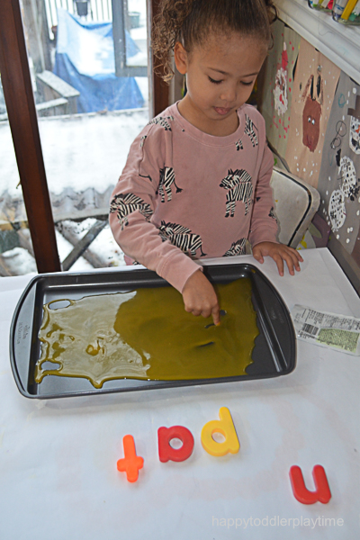 BABY FOOD WRITING TRAY 10