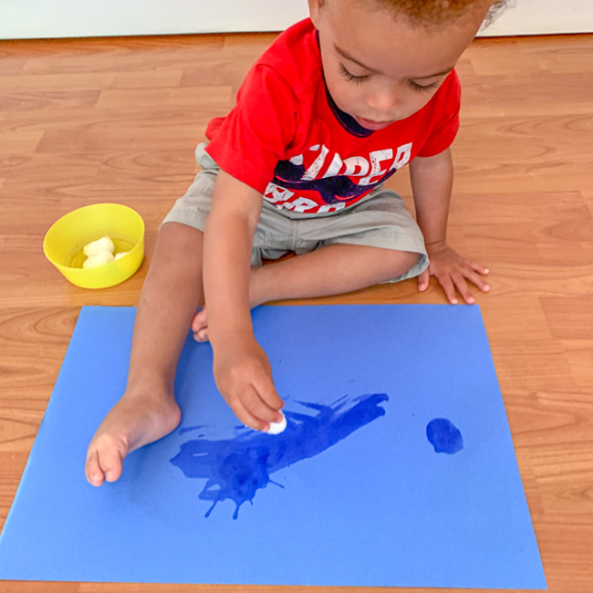 Mess free painting for toddlers