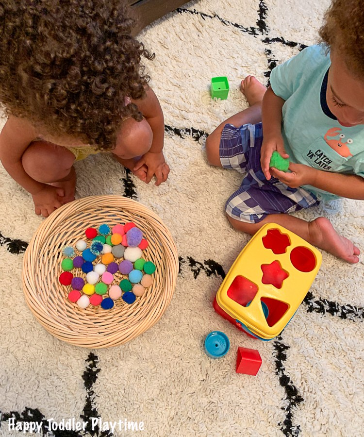 A fun activity for toddlers using Pom Poms