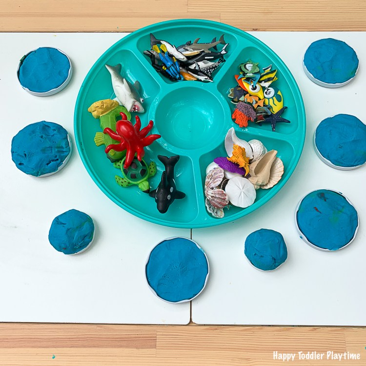 play dough aquariums activity for toddlers and preschoolers and kindergarteners