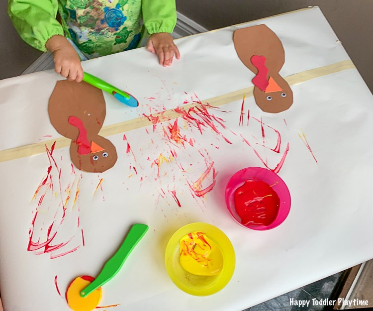 Play Dough Tool Painted Thanksgiving Turkey Craft for toddlers and preschoolers